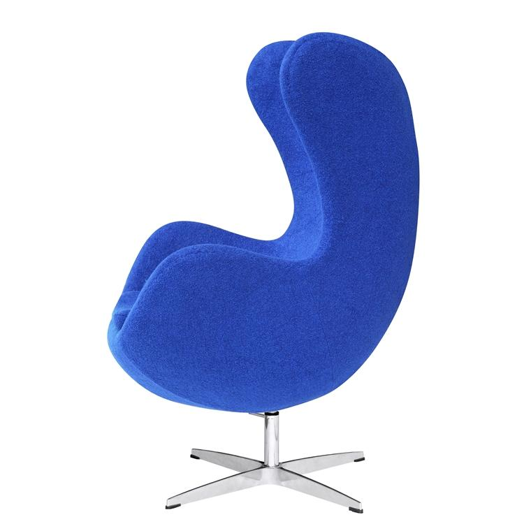 Arne Jacobsen Egg Chair In Blue Wool